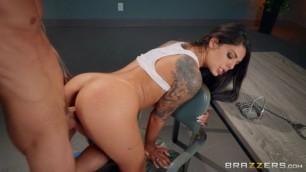 Chubby Milf Pornstarslikeitbig Brazzers Gina Valentina Cum Shot Caller