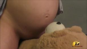 Huge tits MILF Katerina Hartlova in last month's Pregnancy masturbates